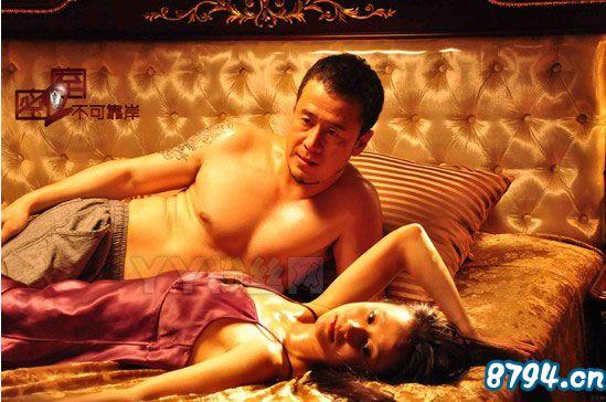 但是大家对杨坤和丁丁什么关系似乎异常的关心,纷纷发贴询问杨坤和