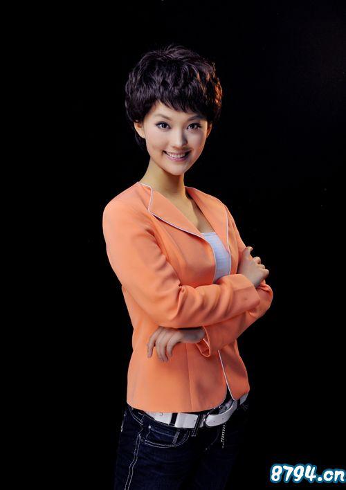 2003年至2006代表青岛电视台连续四年参加沿海五城市大连,深圳,青岛图片