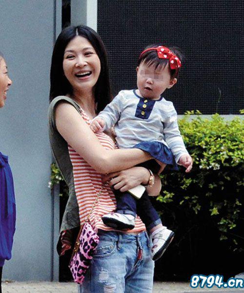 童蕾个人资料风流史揭秘 童蕾现任老公是谁周一围照片 女儿 微博