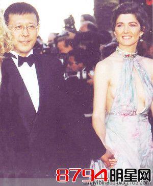 姜文和法国老婆桑德琳。