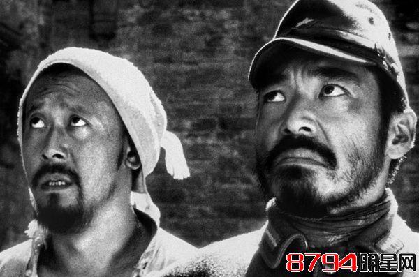 姜文主演电影《鬼子来了》为什么被禁 鬼子来了豆瓣影评:重视安宁的农耕生活1