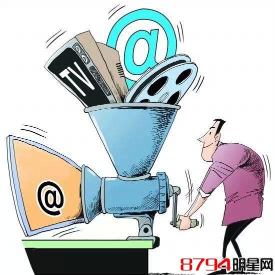 独舌:淘宝电影与迪斯尼的衍生品合作,包括哪些类别,对中国观众是否有吸引力?衍生品会对电影产业的发展形成促进作用吗?   淘宝:经过对消费者观影习惯的培育,让踏入影院观影消费成为人们休闲生活方式的首选。有了用户基础品牌授权,衍生品、明星及电影周边的市场才有可能开展起来,现在《复联2》正品授权的衍生品已经在淘宝电影上开卖,目前只要通过淘宝电影或者天猫的《复联2》专属展示页面下单,漫威粉丝们就可以将自己从头到脚武装成电影里的英雄。通过淘宝电影牵头,由迪士尼最终选择指定商家,授权给商家生产和售卖正牌衍生品的