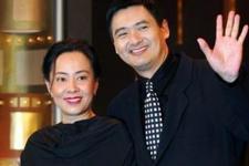 揭秘周润发结婚29年膝下无子内幕