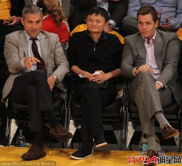 """中国首富马云曾现场观战NBA 李连杰当""""保镖"""""""