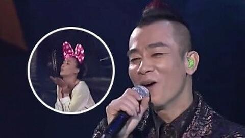 有一种恩爱叫做你专属的小男人,看陈小春刘恺威本色出演小男人!