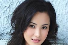 杨明娜空有美貌就是不红把袁姗姗陈妍希秒成渣 40岁依然婚姻成迷