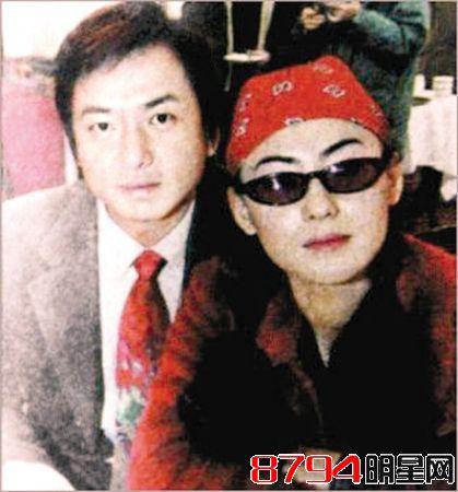张柏芝给陈小春推油:陈小春和张柏芝怎么分手的?情史震惊众人