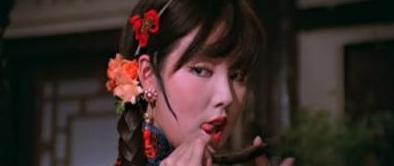 香港艳星余莎莉囹�a_抗日名将之女余莎莉却成最红艳星 年近50再拍三级却亏