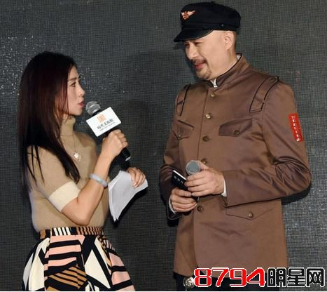 徐锦江翁虹图片
