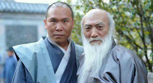 李奇龙是少林寺弟子王宝强老乡母亲瘫痪妹妹离世 如今