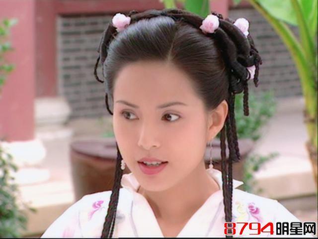 李若彤曾经与香港富商郭应泉有一段长达十年的恋情