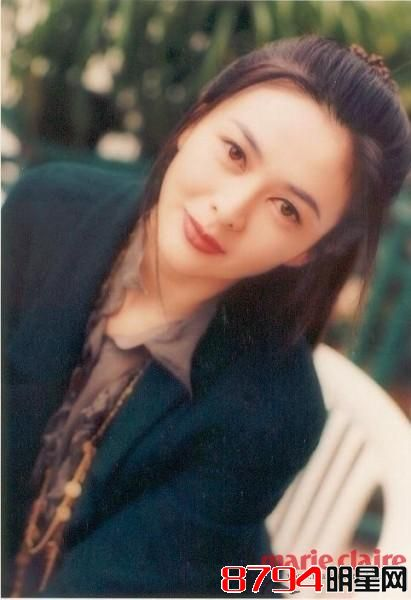 香港第一事件关之琳美女被塞高尔夫球美女下体 如今息奶吸真相动图片