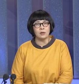 张越怎样瘦de_央视最胖女主持张越却因父去世暴瘦六十斤 51岁的张越