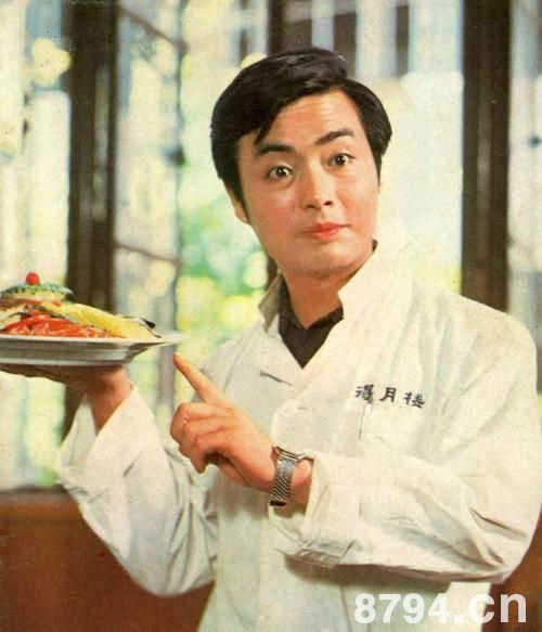 80年代时代形象,曾红比郭凯敏,离婚、经商如今发福无人识