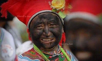 吉林省东部地区的满族人元宵节习俗:快乐吉祥的抹黑脸儿