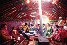 蒙古族春节习俗 希嫩吉勒与查干萨日
