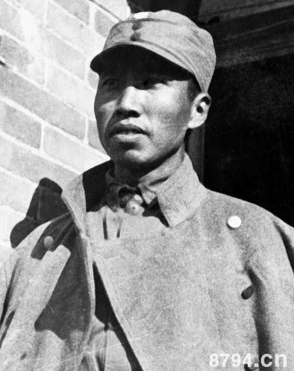 左权将军简介生平经历 左权的后代子女 抗日英雄左权的事迹