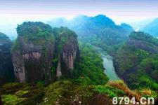 武夷山资料:中国的丹霞地貌并非只武夷山一处 却以武夷山最为典型