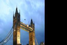 伦敦塔桥简介:奇特的结构还是独特的开启方式 都曾使当时的世界产生轰动