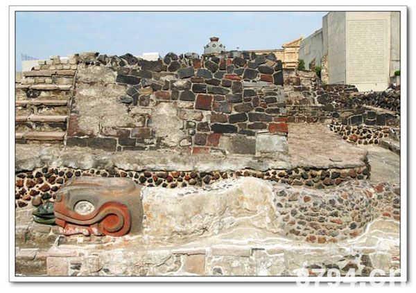 阿兹特克帝国文化介绍 阿兹特克文化是在托尔特克文化基础上
