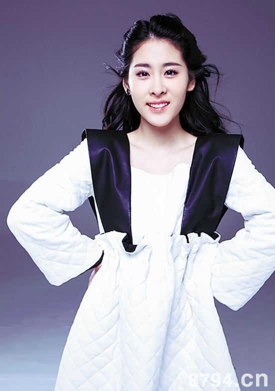 张碧晨有过男朋友吗 她仅仅只是Exo成员张艺兴的粉丝吗