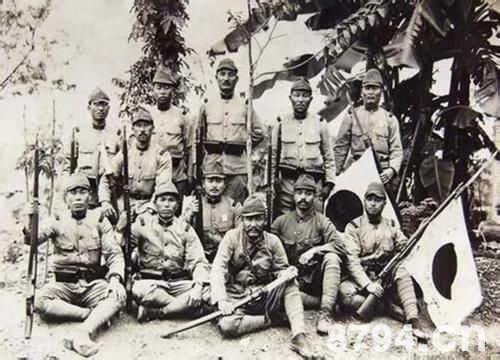 日本法西斯的溃败和投降