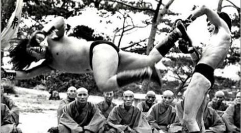 《龙争虎斗》洪金宝与李小龙的精彩肉搏戏