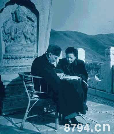 蒋介石宋美龄爱情故事为什么没有孩子 蒋宋联姻宋霭龄起到牵线搭桥作用