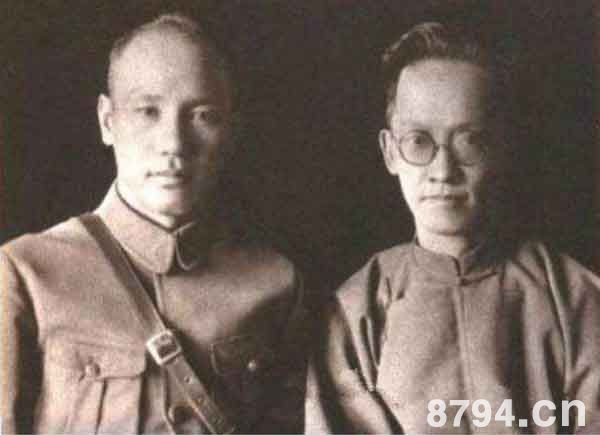 蒋介石与胡汉民的约法之争 蒋介石和胡汉民约法意见为什么不统一