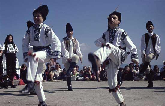 【罗马尼亚的重要节日有哪些】罗马尼亚节日、纪念日大全一览表