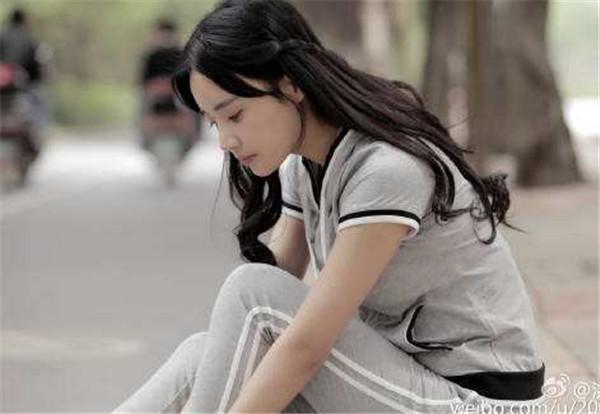 2015年参演电影《热舞之灵》,同年参演电视剧《美女公寓》.