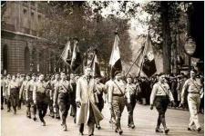 """【法国""""火十字团""""暴动】法西斯的一次未遂的政变"""
