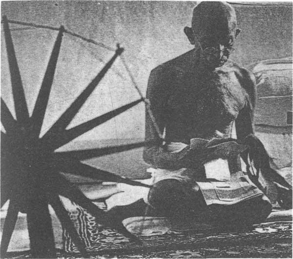 """【印度国父甘地是谁怎么死的】""""圣雄""""甘地遇难"""