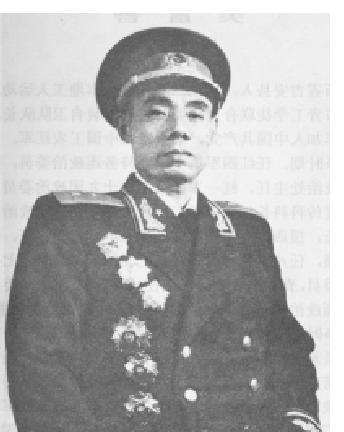【吴信泉将军简历】吴信泉将军是湖南哪里人