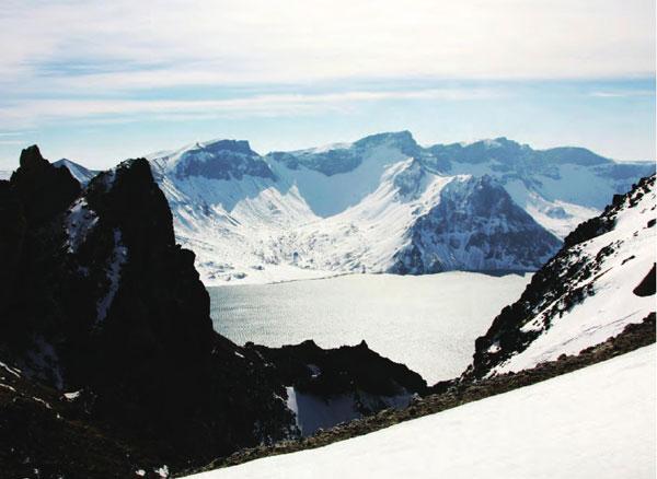 长白山什么时候去最好 吉林最美的地方长白山休眠火山的冰雪柔情