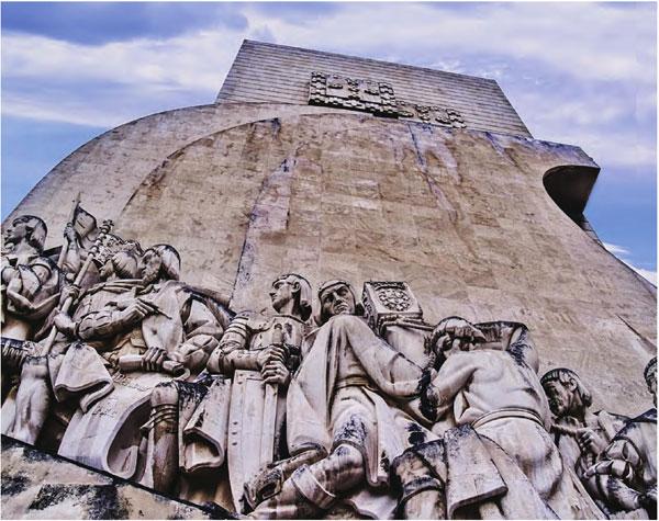 里斯本纪念碑是为纪念航海王子亨利逝世500周年而建。
