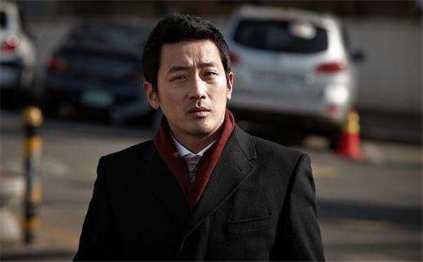 河正宇在韩国的地位女友是谁