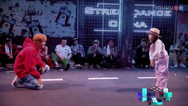 这就是街舞小蘑菇是谁 李梓琪资料背景什么来历