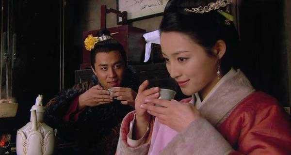 金瓶梅潘金莲的人物形象分析为啥嫁给武大郎 潘金莲的故事结局怎么死的
