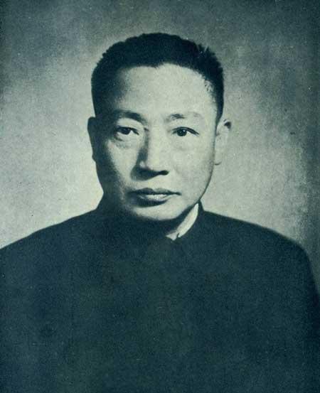 军统局局长毛人凤生平简介历史上怎么死的 毛人凤和戴笠谁厉害