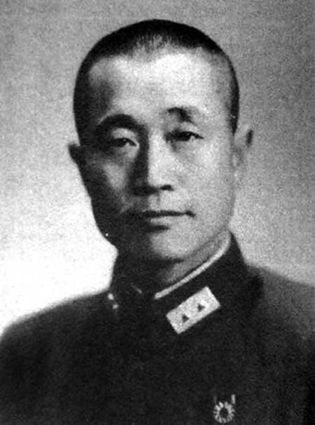 邱清泉生平简介简历怎么死的 邱清泉兵团被全部歼灭过程