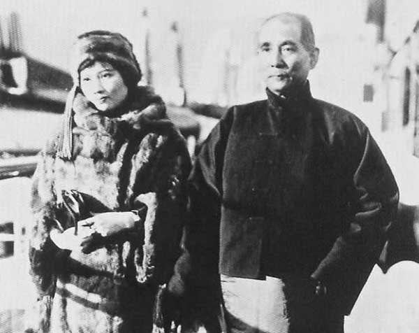 宋庆龄和老公孙中山的故事 政治家宋庆龄简介资料一生真实的事迹