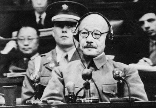侵华日军甲级战犯土肥原贤二简历 土肥原贤二怎么死的