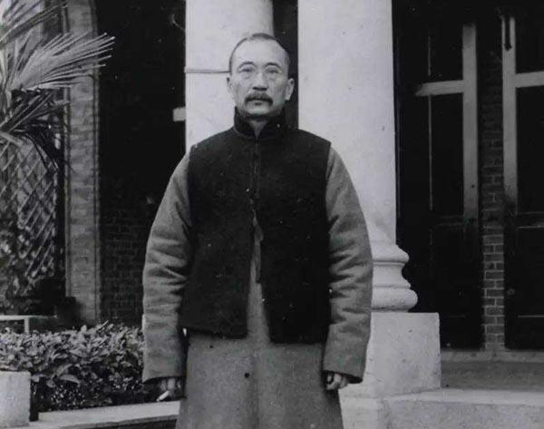 唐绍仪简介怎么死的被谁杀害的 对唐绍仪的历史评价