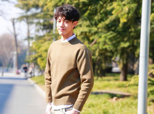 王咨越签约的公司 王咨越个人资料他与蔡徐坤关系好吗
