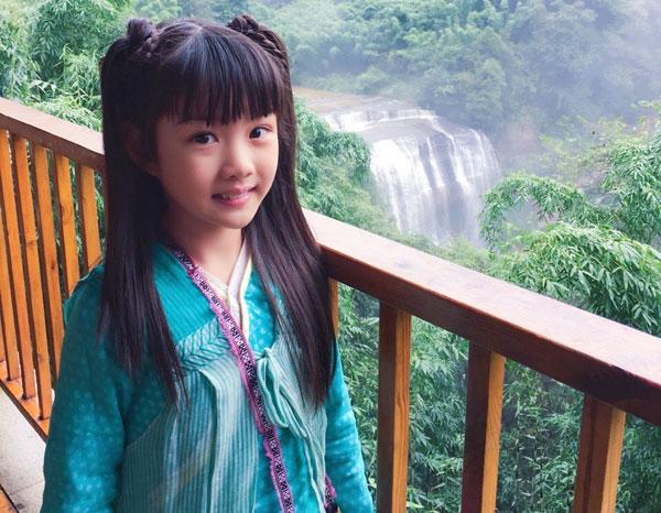 童星演员李亚真个人资料照片 童星李亚真的父母是谁揭秘