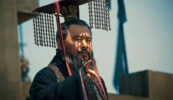 曹操简介资料怎么死的 曹操的历史故事评价 曹操之后谁继位