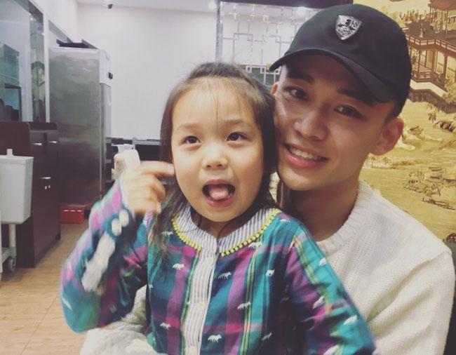 刘怡潼和妹妹差几岁 刘怡潼个人资料演过的电视剧有哪些盘点