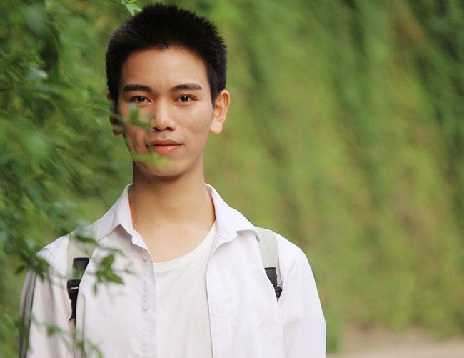 演员熊虎成是GAY吗 青年演员熊虎成个人资料背景介绍