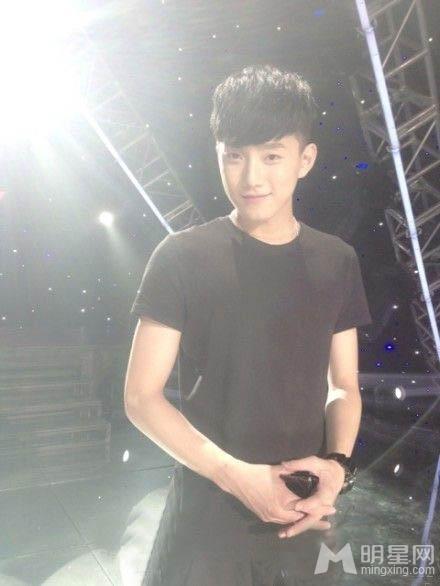 范世琦唱exo的歌_范世琦滚出快男成话题 网友拒其翻唱EXO的歌 - 8794明星网